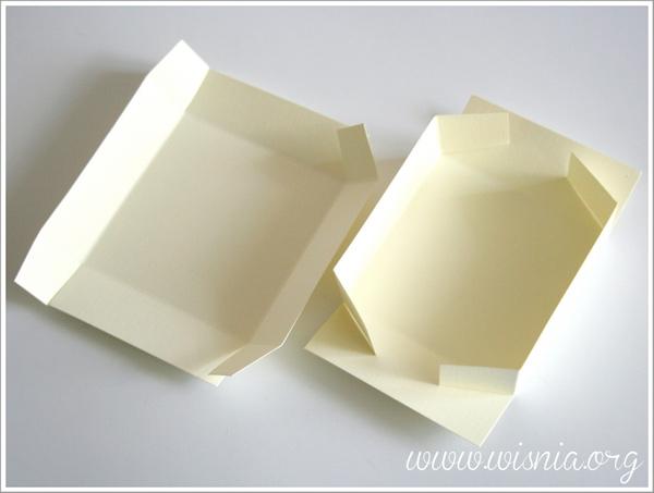 IMG 2695 001 Tematyczne wisiorki wraz z ozdobnymi pudełkami